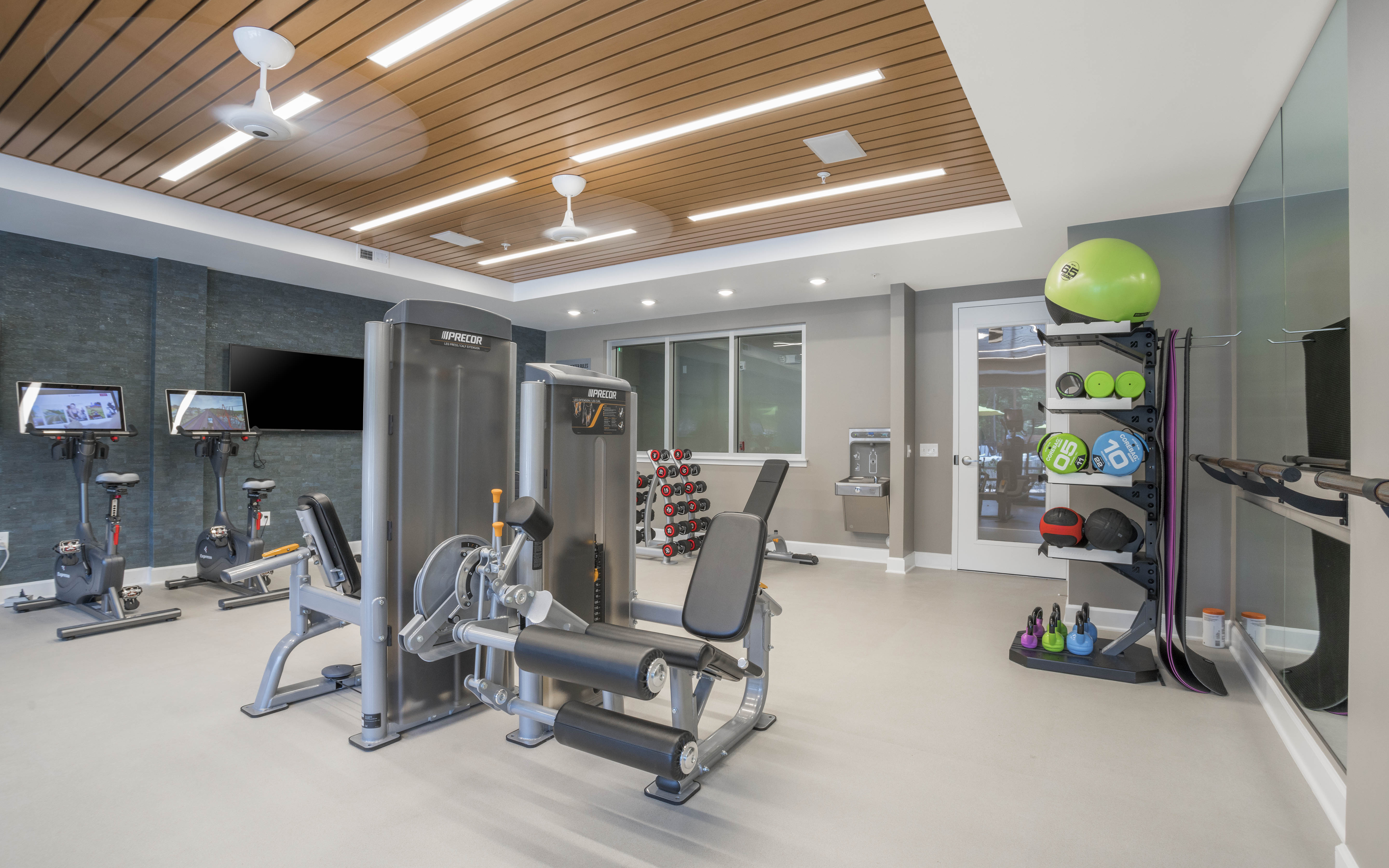 ALTA-CITIZEN-APARTMENTS-NEWPORT-MEWS-WV-BUILDING-FITNESS-STUDIO-03