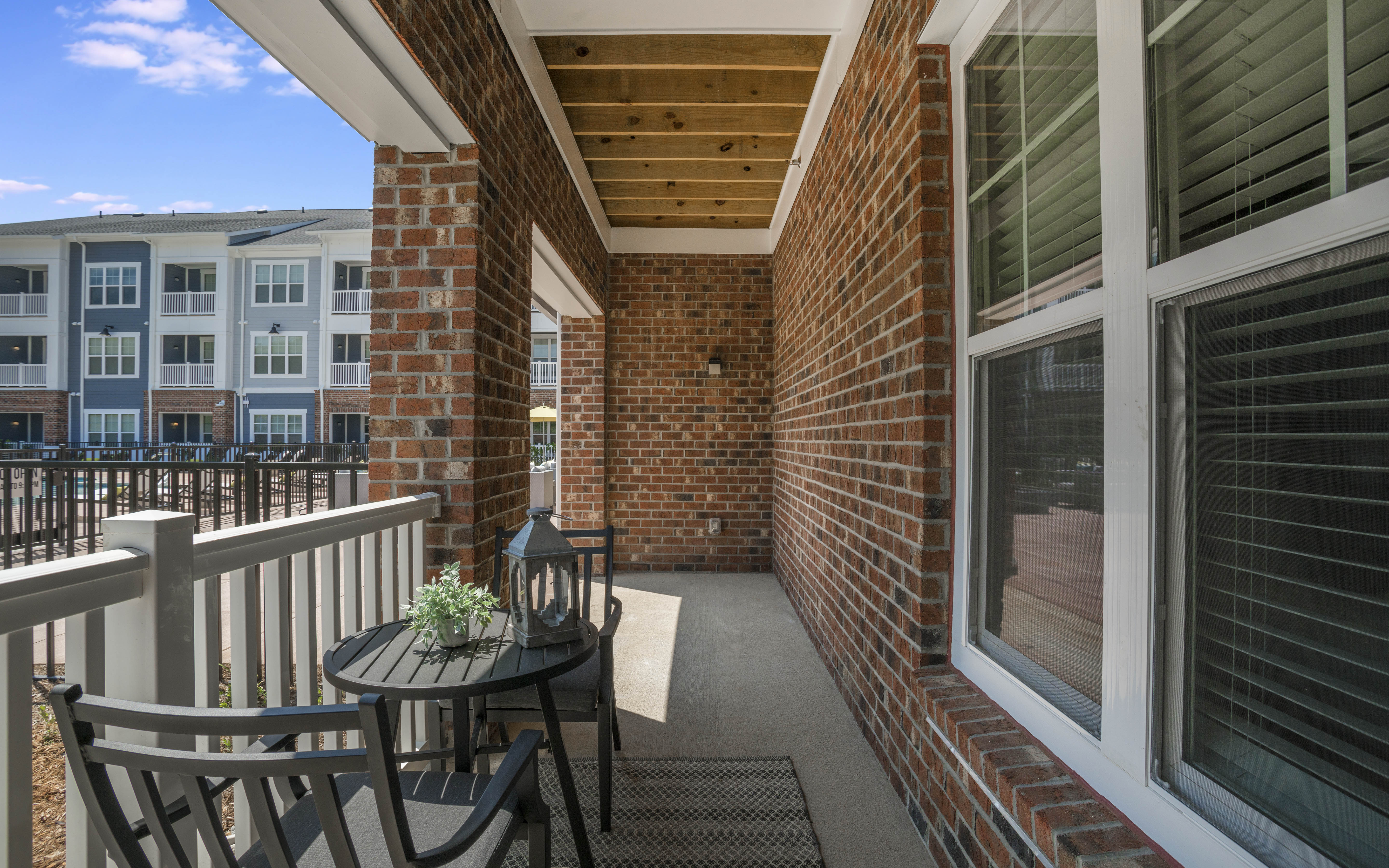 ALTA-CITIZEN-APARTMENTS-NEWPORT-MEWS-WV-MODEL-UNIT-PATIO-02